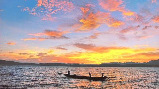 Xingyun Lake