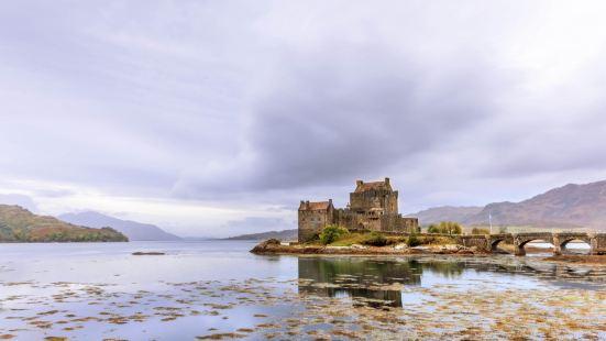 愛蓮·朵娜城堡