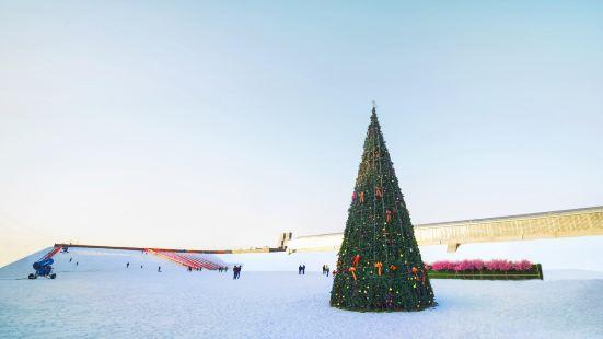 Liuling Tianyuan Xiaozhen Ski Field