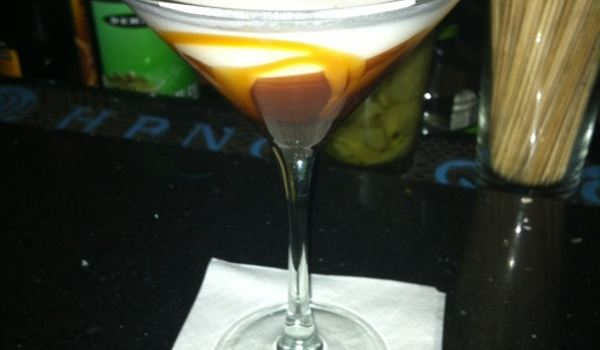 Kit Kat Lounge and Supper Club Reviews: Food & Drinks in