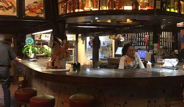 Doo Dee Restaurant & Bar1