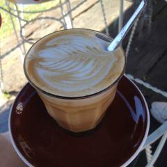Commune Cafe User Photo