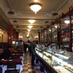 Pastelaria Versailles User Photo