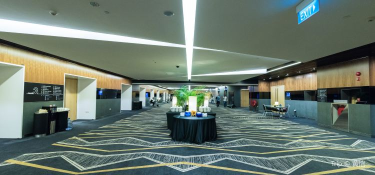 Suntec Singapore International Convention and Exhibition Centre1