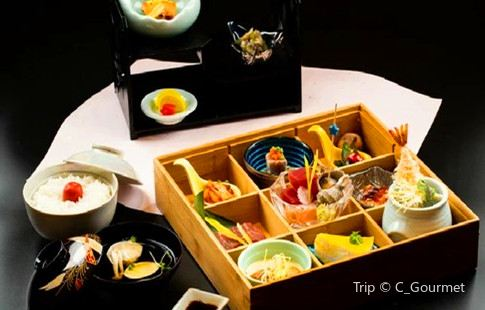 萬魚亭·鶴家日本料理鐵板燒