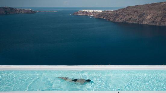 Rocabella Santorini Resort Spa and Pool