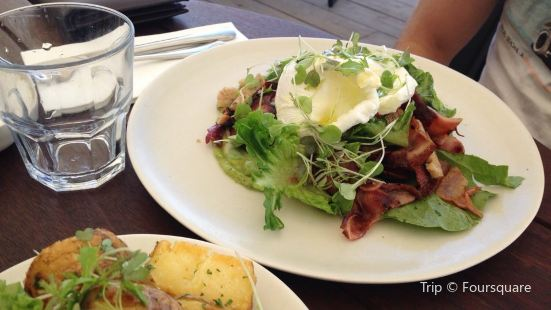 Waihi Beach Hotel Eatery and Store