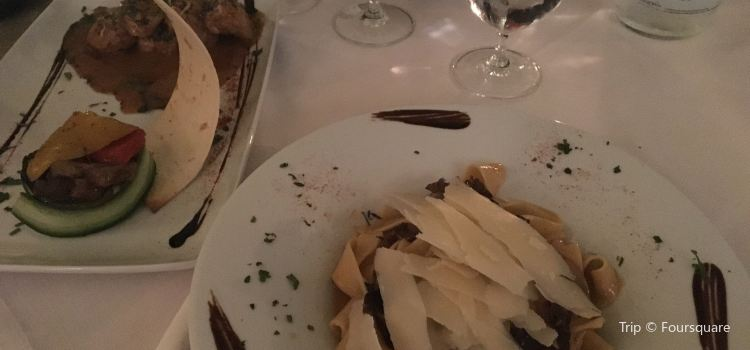 1800-Floga Restaurant1