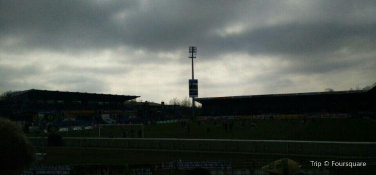 Holstein-Stadion3
