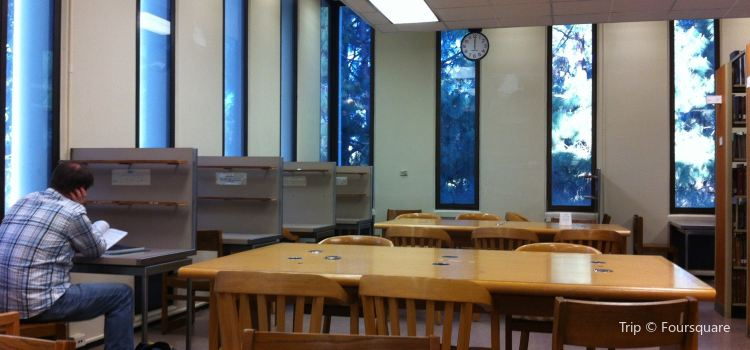 UCLA Charles E. Young Research Library1