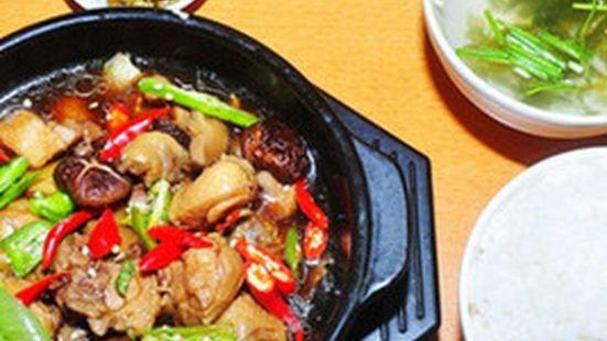 彭德楷黃燜雞米飯(理工店)