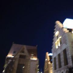 OuZhou FengQing Jie User Photo