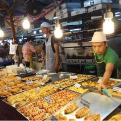 Chalong Night Market User Photo