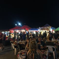 Laem Din Market User Photo