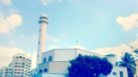 Masjid Hajjah Rahimabi Kebun Limau