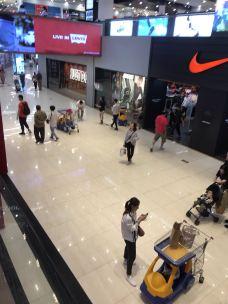 万国奥特莱斯-广州-PhanieGi