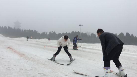 青雲山滑雪場
