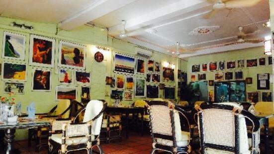 Garden Center Café