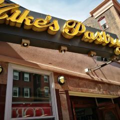 Mike's Pastry User Photo