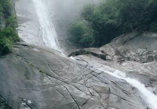 Yunwu Mountain Scenic Area1