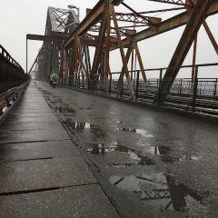 롱비엔 다리 여행 사진