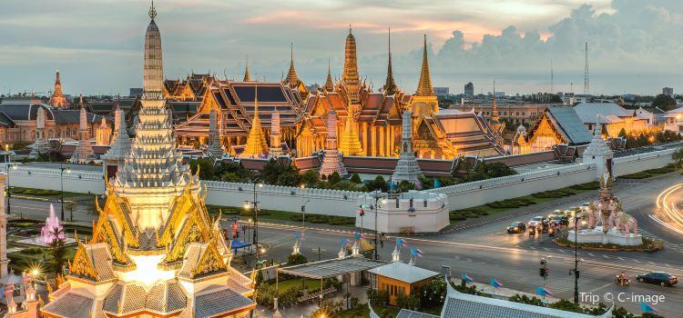 Bangkok City Pillar Shrine2