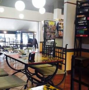 Dima's Cafe'