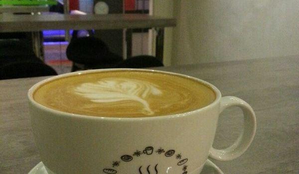 Snapdot Cafe1