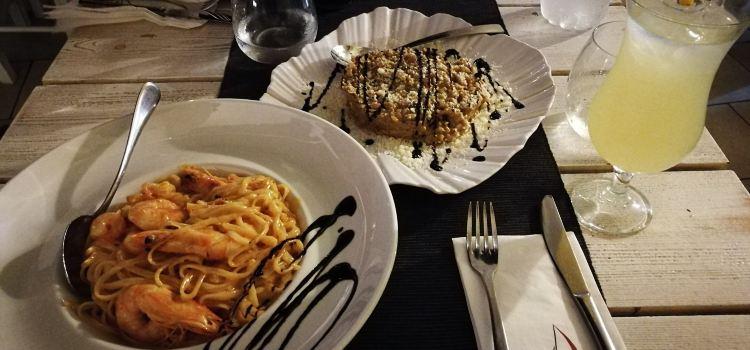 Argo Restaurant1