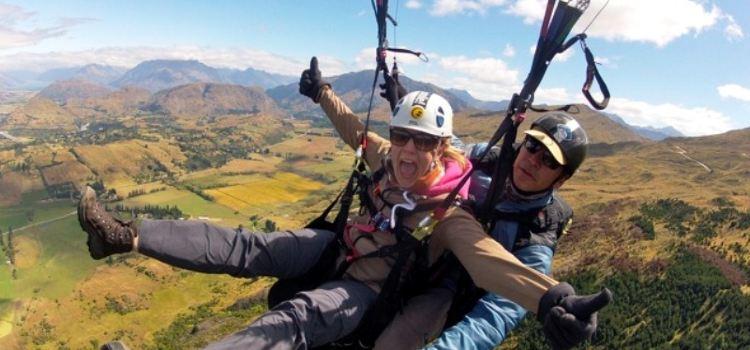 卡羅內特峰滑翔傘1
