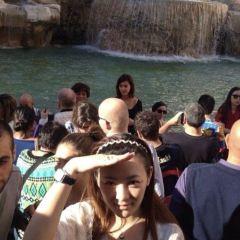 Trevi Fountain User Photo