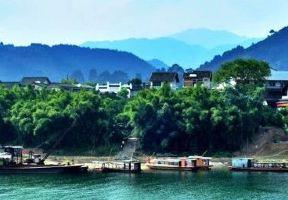 原來中國唯一的水上古鎮在廣西…