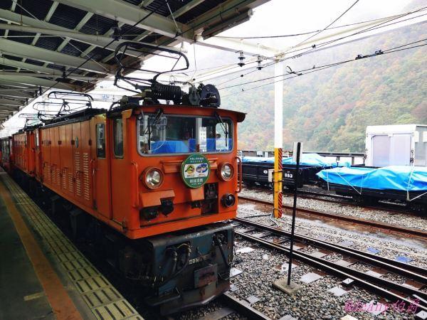 日本賞楓備忘錄 | 黑部峽谷小火車