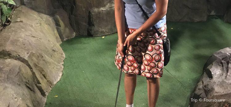 Dino Park Mini Golf1