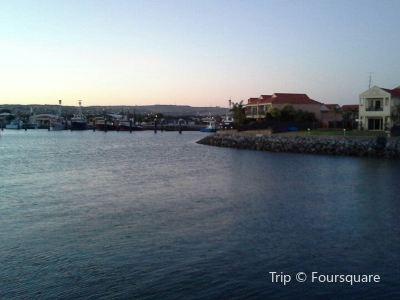 Freds Marina Cruises