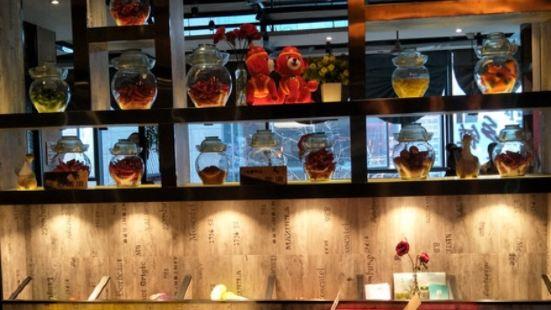 小鄉鎮湘菜館