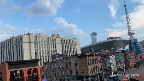Tin Roof Nashville