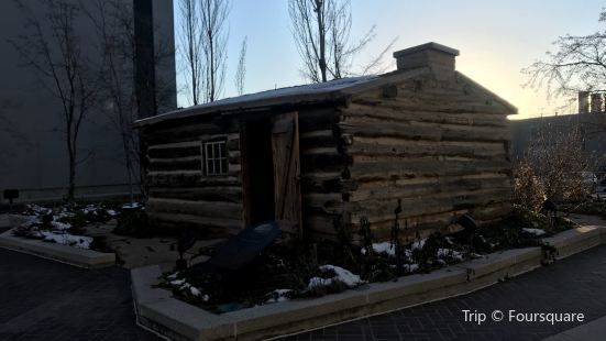 Deuel Pioneer Log Home