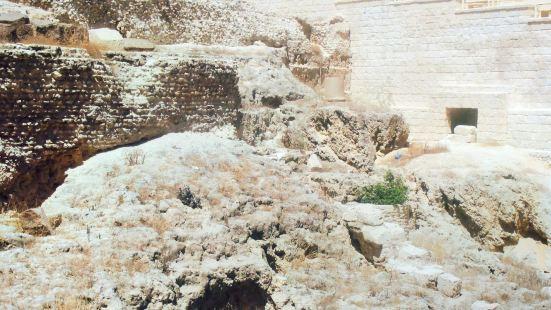 Sarapeum (Serapeion)