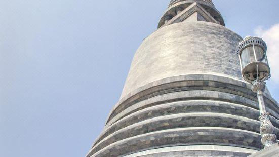 拉查帕迪特寺