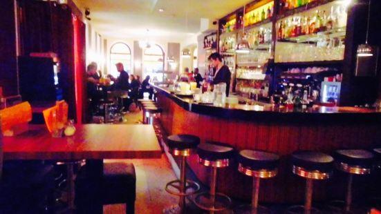 Cafe Zeitgeist