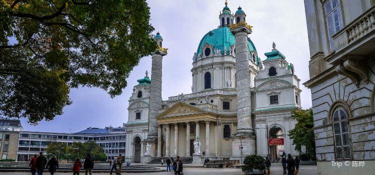 Karlskirche3