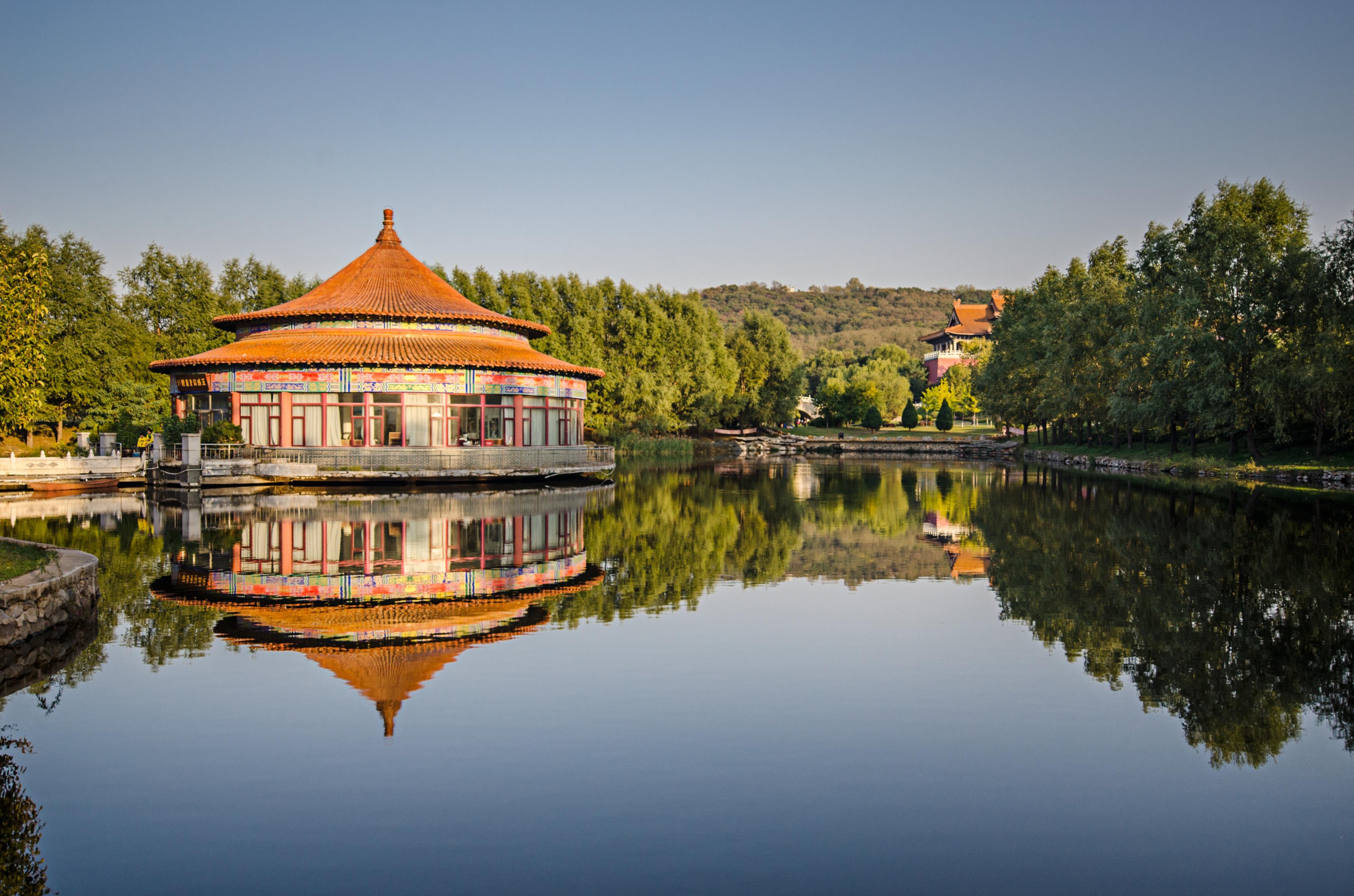 Jade Buddha Garden
