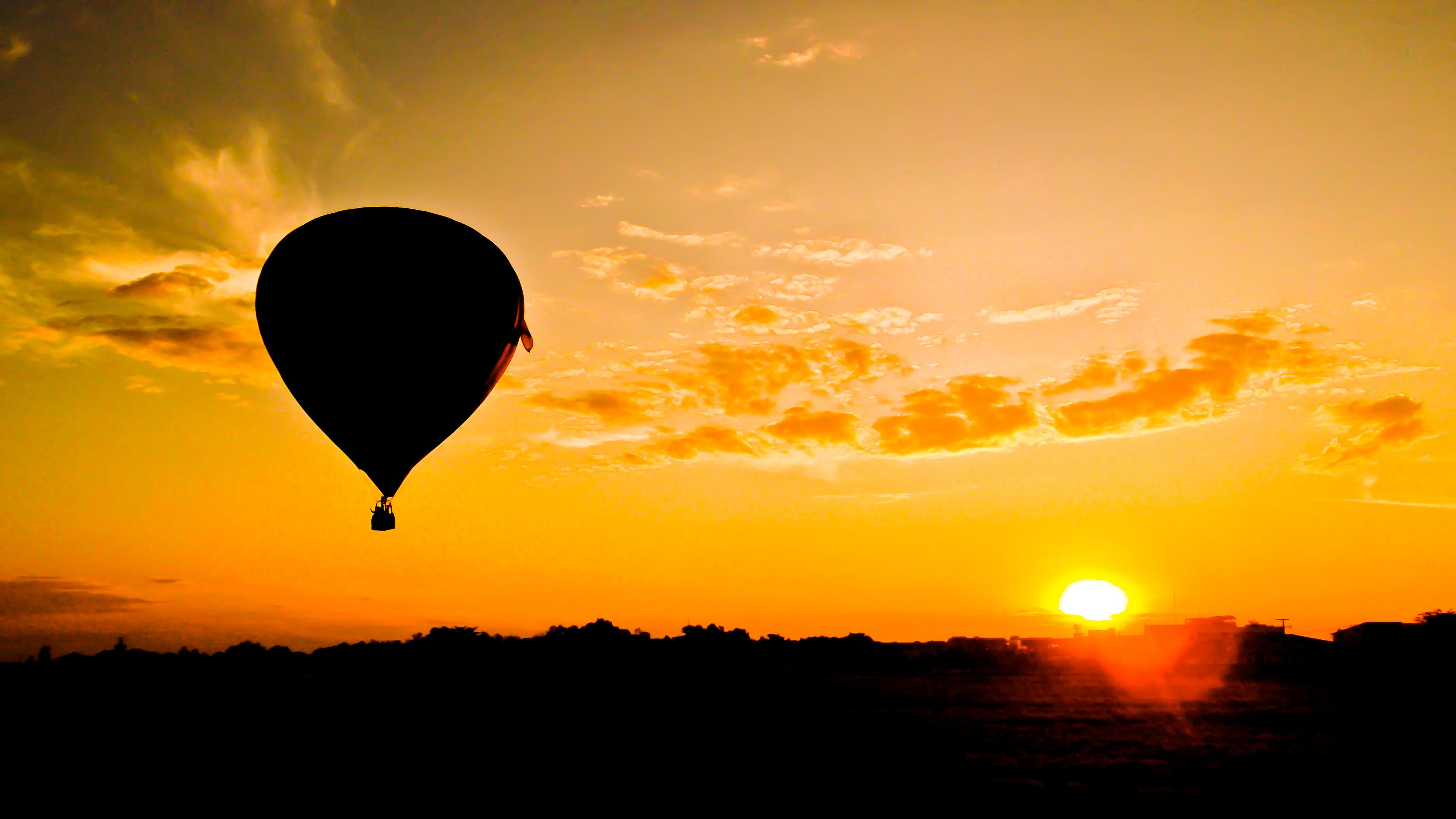 布城熱氣球日出