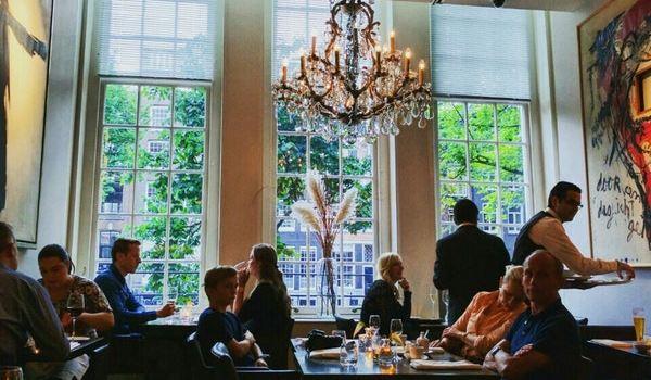 Brasserie Ambassade1
