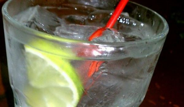 Tanqueray's Bar & Grille1