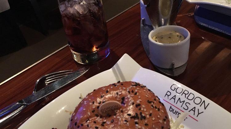Gordon Ramsay Burger | Tickets, Deals, Reviews, Family