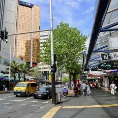 Queen Street User Photo
