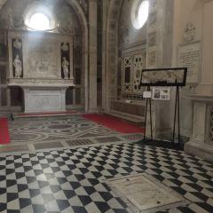 Sant'Anna dei Lombardi (Monteoliveto) User Photo