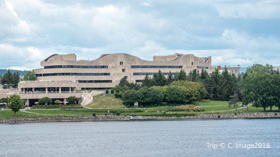 加拿大文明博物館廣場